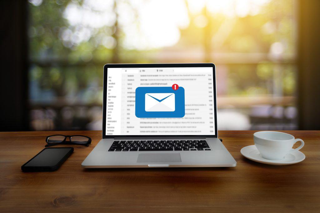 mengatur inbox email di waktu luang