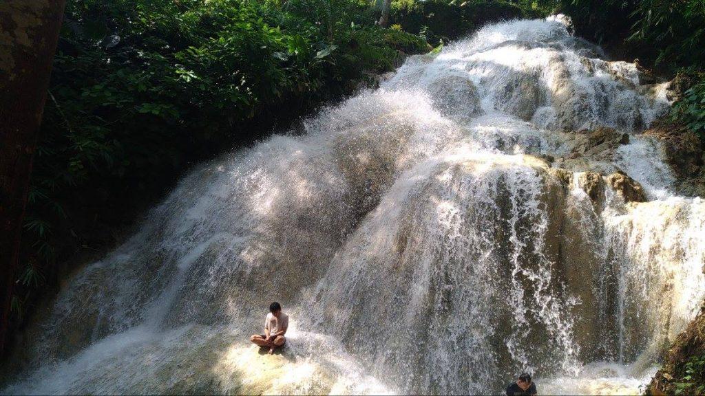 air terjun gedad indonesia