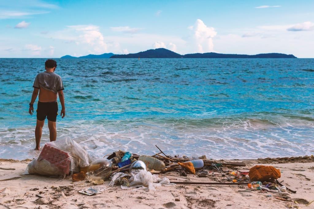 pencemaran laut akibat sampah