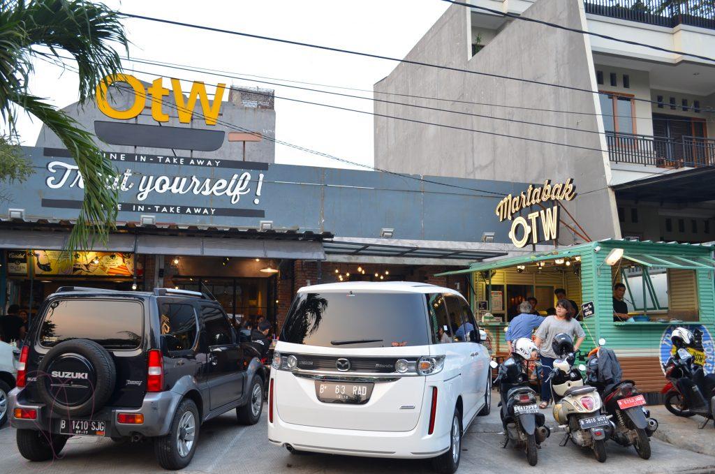 otw street food jakarta